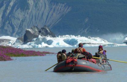rafting-alaska-alsek-river